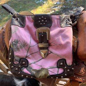 Realtree Western Pink Camo Crossbody Purse